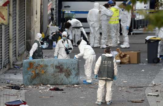 Jean-Michel Fauvergue explique : « Ce qu'a vécu le RAID, c'est véritablement une situation (…) de guerre. »