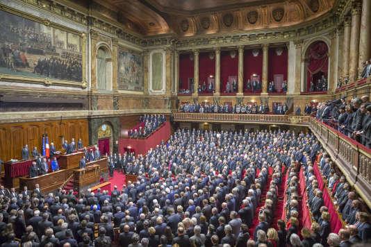 François Hollande, président de la République, parle devant le Parlement réuni en Congrès après la série d'attentats à Paris le 13 novembre 2015. Versailles, lundi 16 novembre 2015