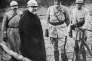 Le président Raymond Poincaré visitant le front, durant la première guerre mondiale.