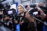 Marine Le Pen visite le salon Milipol le 18 novembre 2015 à Paris.