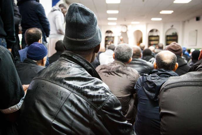 Dans la mosquée de la Fraternité à Aubervilliers, le 20 novembre.