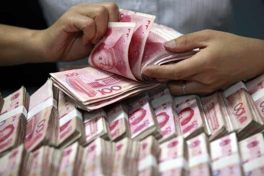 La banque centrale chinoise ne cesse de vendre ses bons du Trésor américain pour soutenir le yuan.