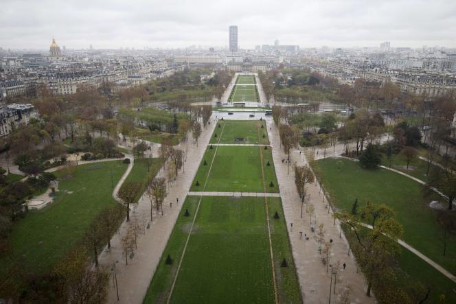 Vue aérienne de Paris en novembre 2015.