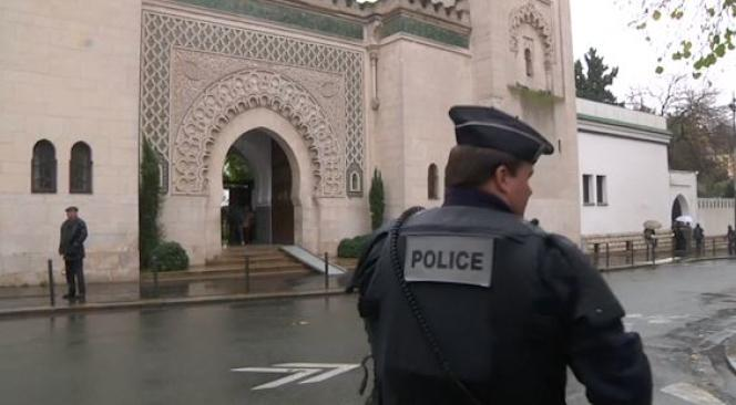 La Grande mosquée de Paris le vendredi 20 novembre 2015.