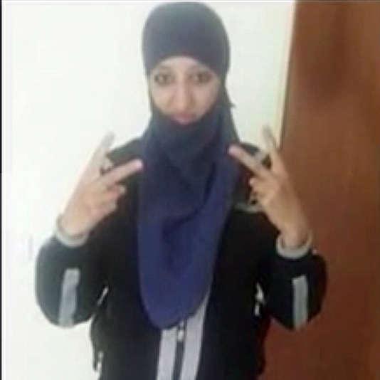 """Hasna Aitboulahcen telle qu'elle apparait dans le document diffusé par la chaine """"DH.BE """""""