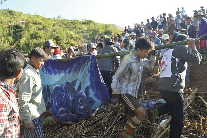D'après le «Global New Light of Myanmar», organe de presse officiel, 104 corps auraient déjà été sortis des décombres et « beaucoup d'autres personnes sont toujours portées disparues ».