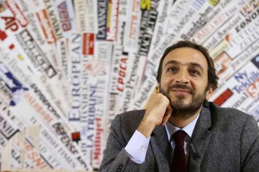 """Emiliano Fittipaldi : """"Si la justice italienne était aussi expéditive [que celle du Vatican], il y aurait moins de procédures enlisées. Mais à tout prendre, je me demande si je ne la préfère pas encore à celle du Vatican."""""""