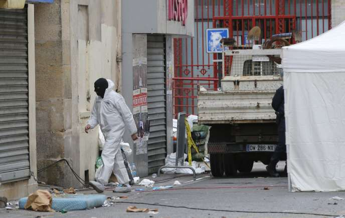 Investigations à l'appartement de Saint-Denis, jeudi 19 novembre.