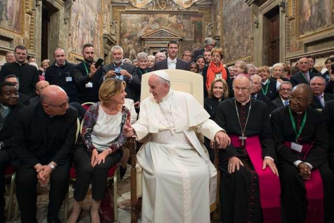 Le pape François au Vatican le 19 novembre 2015.