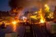 La Société des autoroutes du nord et de l'est de la France, gestionnaire de l'A1, a estimé à 500000euros les dégâts causés.
