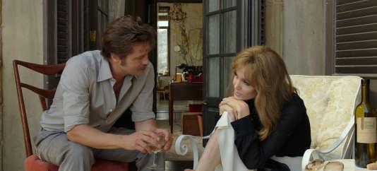Brad Pitt et Angelina Jolie Pitt dans le film d'Angelina Jolie Pitt, «Vue sur mer»(«By The Sea»), sorti en salles le 9décembre 2015.