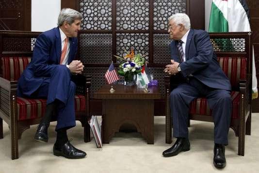 En fin de journée, le secrétaire d'Etat américain John Kerry a rencontré Mahmoud Abbas, président de l'Autorité palestinienne.
