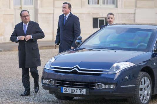 François Hollande le premier ministre britannique, David Cameron,  au Palais l'Elysée le 23 novembre.