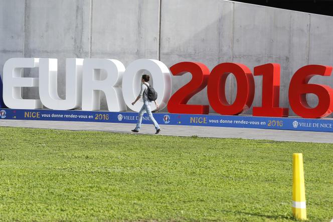 Un rapport de 2014, commandé par l'UEFA, évalue l'impact économique du prochain championnat d'Europe de football.