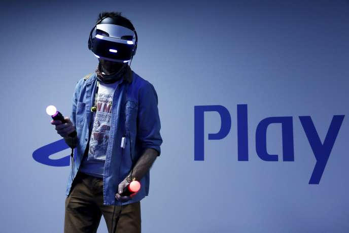 Le casque PlayStation VR sera l'une des attractions de la PlayStation 4 en 2016.