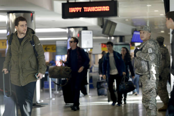 A l'aéroport LaGuardia à New-York, le 25 novembre.