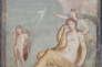 La Vengeance pointe du doigt le vaisseau de Thésée à Ariane en pleurs.  Fresque de Pompeï, Ier siècle.
