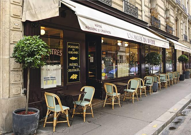 Cyril Lignac a ouvert un restaurant-bistrot et une pâtisserie dans le quartier. Ici, L'Ecailler du Bistrot.