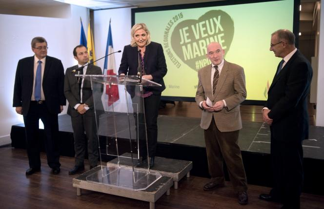 Marine Le Pen, tête de liste en Nord-Pas-de-Calais-Picardie, à Lille le 7 novembre.