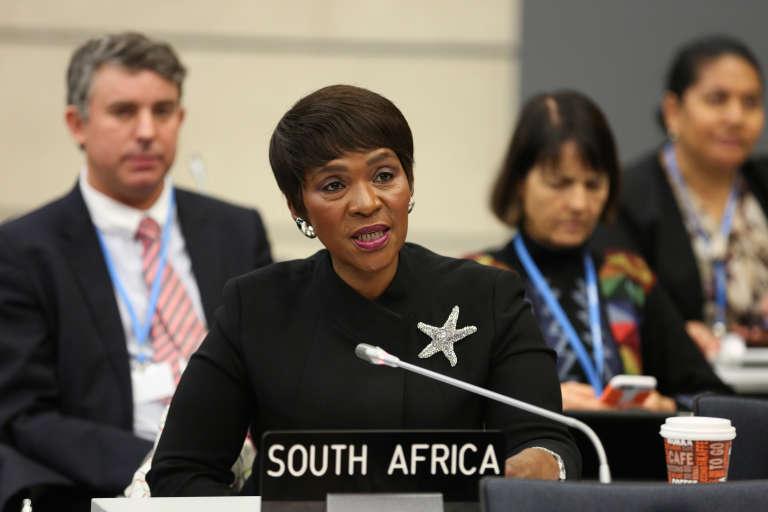 La Sud-Africaine Nozipho Mxakato-Diseko parle au nom du G77 dans les négociations climatiques.