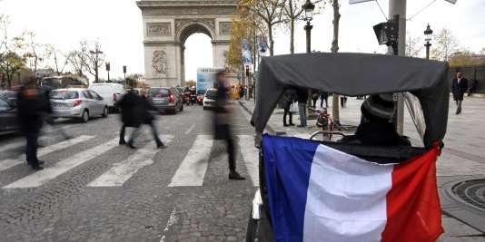 Plus de 65,5 millions de personnes vivaient en France métropolitaine et dans quatre départements d'outre-mer au 1er janvier 2013.