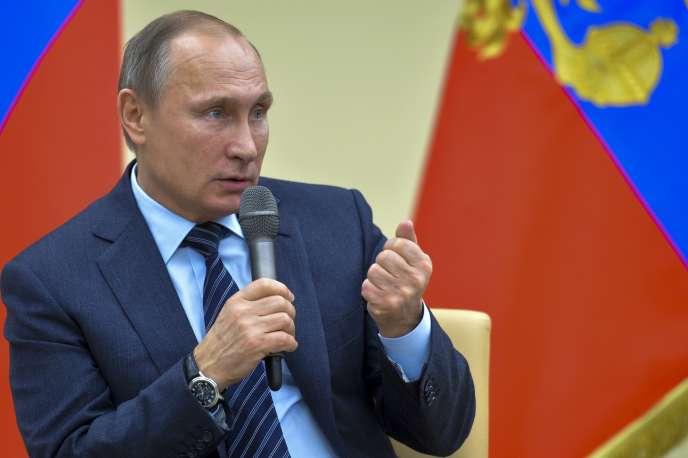 Une nouvelle étape a été franchie, samedi 28 novembre, après l'adoption par le président russe Vladimir Poutine de sanctions économiques envers la Turquie.
