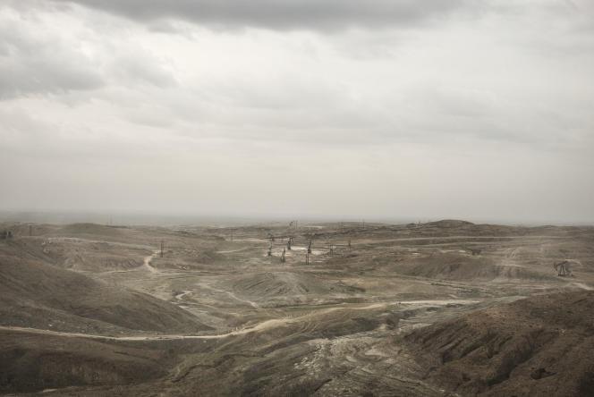 Champs de pétrole, Al-Rumelan, Syrie, province de Al-Hassakah nord est de la Syrie, Août 2015.