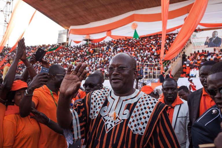 Roch Marc Kaboré le 27 novembre 2015 lors d'un rassemblement à Ouagadougou.