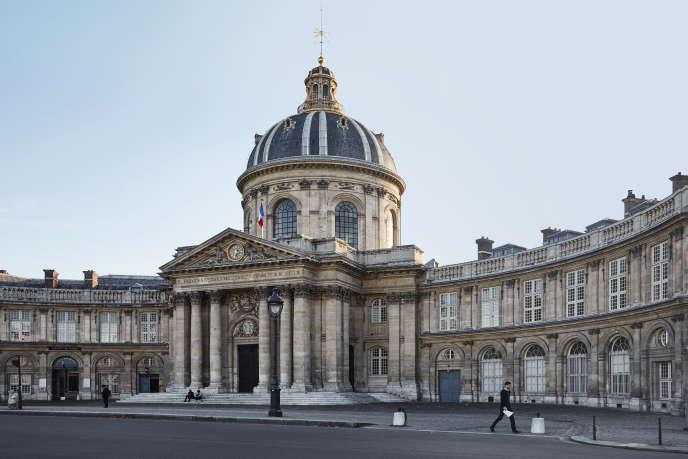 L'Institut de France, quai de Conti, à Paris, abrite l'Académie des sciences.
