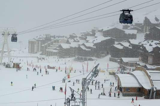 « Après quelques années d'exploitation, ou au terme du bail commercial de 9 ans pour les plus «chanceux», c'est la douche froide. Le gestionnaire annonce qu'il n'est plus en mesure de payer les loyers annoncés et demande de les réduire drastiquement, entre 30% et 80% (Photo: Val Thorens, dans les Alpes).