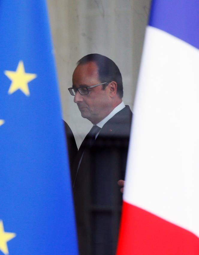 Le Président de la République François Hollande à l'Elysée le 14 novembre 2015.