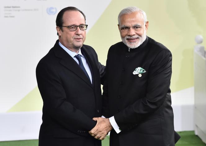 Francois Hollande et le premier ministre indien, Narendra Modi,  lundi 30 novembre au Bourget.