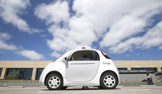 Prototype de la Google Car à Mountain View (Californie).