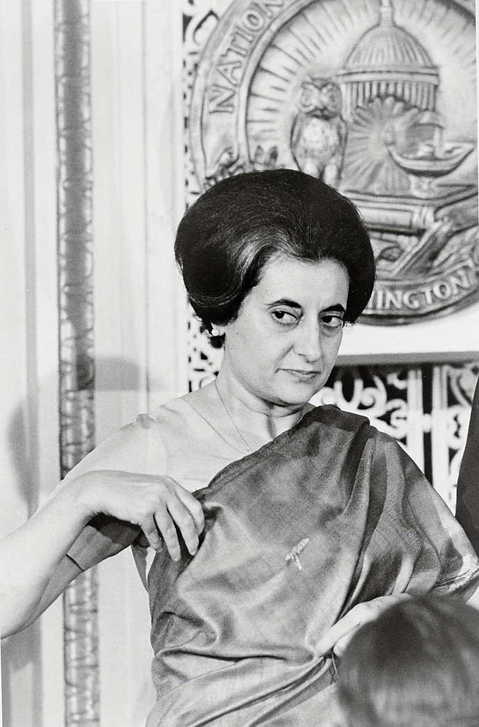 L'ancienne première ministre Indira Gandhi a prétendu être diplômée d'Oxford alors qu'elle a abandonné ses études en cours de cursus.