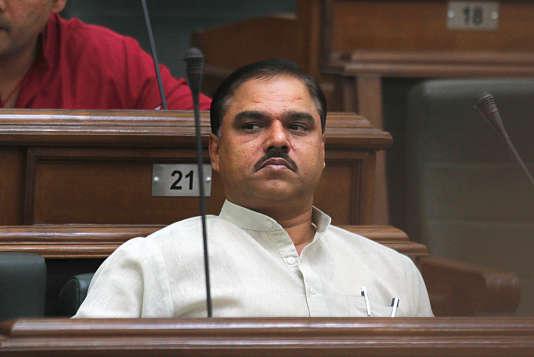 Jitender Singh Tomar a dû démissionner de son poste de ministre de la justice avant d'être arrêté pour avoir fraudé sur son diplôme de droit.