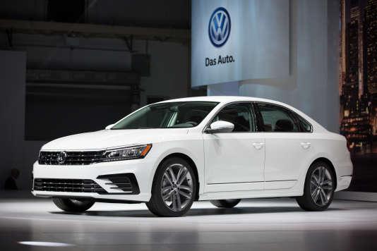 """La Volkswagen Passat a obtenu le titre de """"Voiture de l'année"""" 2015."""