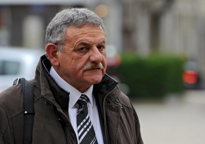Le 1er décembre, l'avocat général Thierry Phelippeau avait requis quatre ans de prison, dont deux ferme, à l'encontre de l'ancien maire, et demandé à ce que soit prononcée définitivement son inéligibilité.