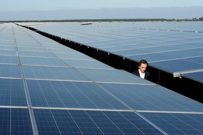 A la centrale photovoltaïque de Cestas (Gironde), en 2015.