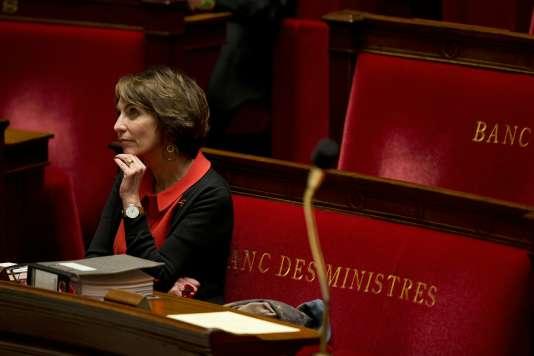 La Ministre Marisol Touraine à l'Assemblée Nationale le 1er décembre 2015.