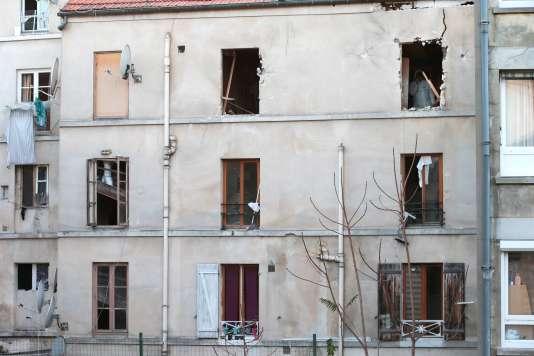 L'immeuble où à eu lieu l'assaut du RAID, le 18 novembre.