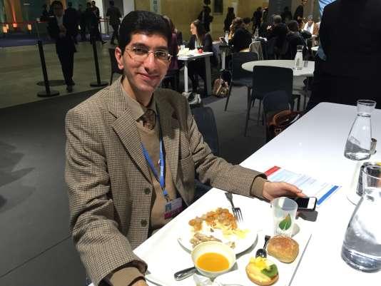 Farbod, agent de liaison de la délégation iranienne à la COP21.