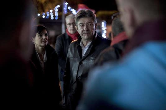 Le député européen, le 1er décembre 2015 lors d'une réunion publique en Nord-Pas-de-Calais-Picardie.