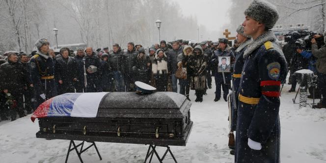Enterrement du pilote russe, le 2 décembre.