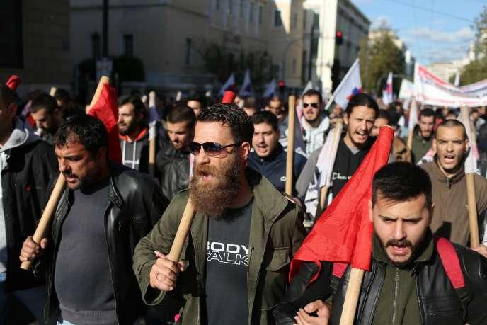 Manifestation à Athènes, jeudi 3 décembre.