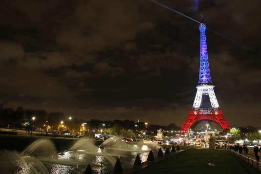 Les Français de naissance ne peuvent pas perdre leur nationalité française. Pour le moment.