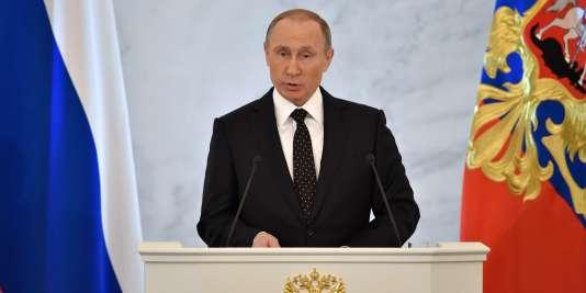 «Nous n'oublierons jamais (...) ceux qui ont tiré dans le dos de nos pilotes», a déclaré le président russe, lors de son discours annuel.