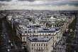 Au sommet de l'Arc de triomphe, vue sur Paris.