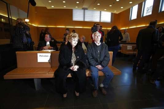 Pierre Le Guennec et son épouse, Danièle, soupçonnés du recel de quelque 270œuvres de Picasso, ici, à Grasse enfévrier 2015, lors de leur procès.