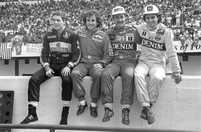 Circuit d'Estoril (Portugal), le 21 septembre 1986, de gauche à droite, les pilotes Ayrton Senna, Alain Prost, Nigel Mansell et Nelson Piquet.