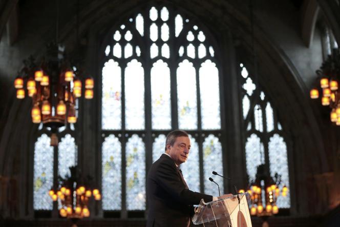 Mario Draghi lors d'une conférence à Londres le 11 novembre 2015.